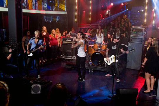 Hedley performing live with the studio audience